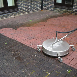 Hot water patio and driveway cleaning service in Scotland, England and Wales